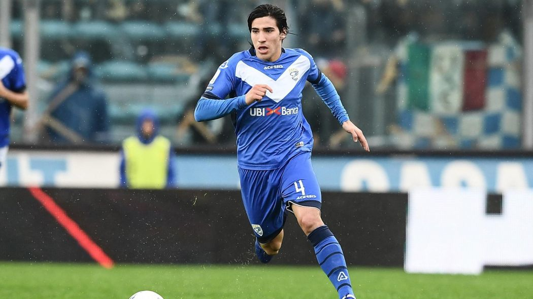 Qui est Sandro Tonali, le futur Pirlo de Brescia et qui affole le mercato ?