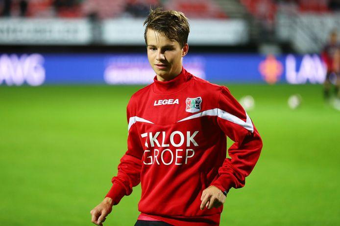Rapport scouting et statistique : Dirk Proper (NEC Nimègue)